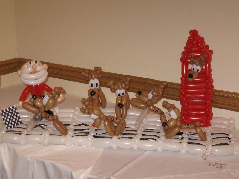 Santa-and-Team-Balloon-Animal