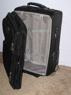 Empty-Suitcase